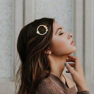 Brandy Melville Gold Metal Circle Stars Hair Clip
